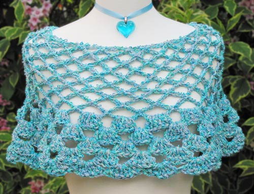 Basketweave Capelet | crochet today