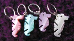 Seahorse stitch markers